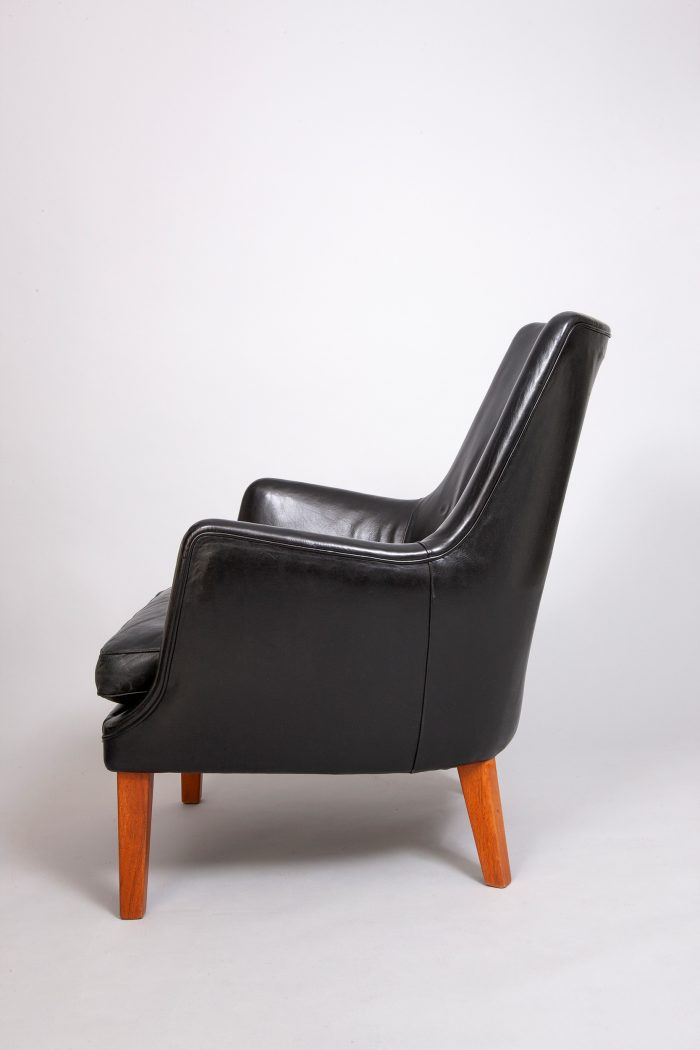 Arne Vodder teak armchair