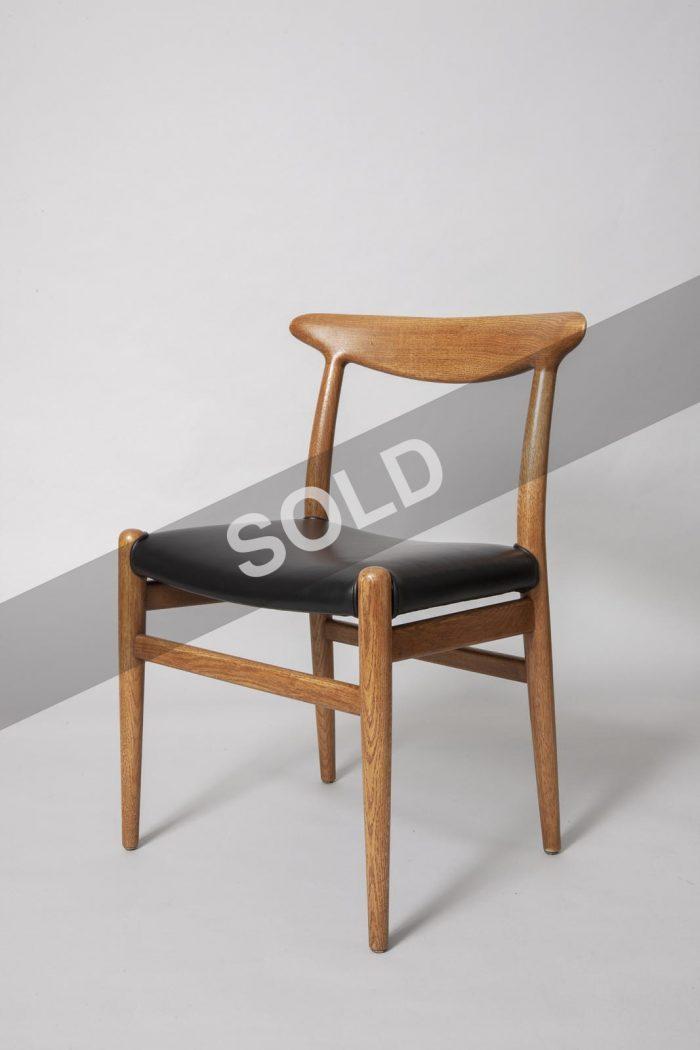 Hans Wegner dining chairs