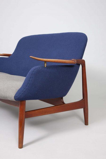 Finn Juhl sofa